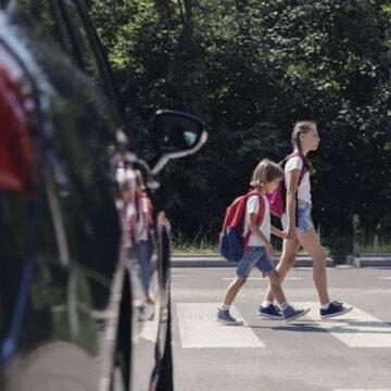 """Auto a guida autonoma che """"parlano"""" con i semafori"""