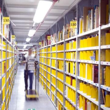 AI per il distanziamento sociale nei magazzini Amazon