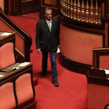 Dl Elezioni: voto annullato per mancanza del numero legale. Si torna a votare oggi