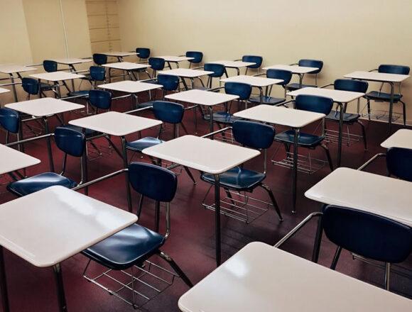 """Scuola – Ministra Azzolina : """"Chiusura per Election Day? Non ho deciso io, ma la sanificazione dura un giorno"""""""
