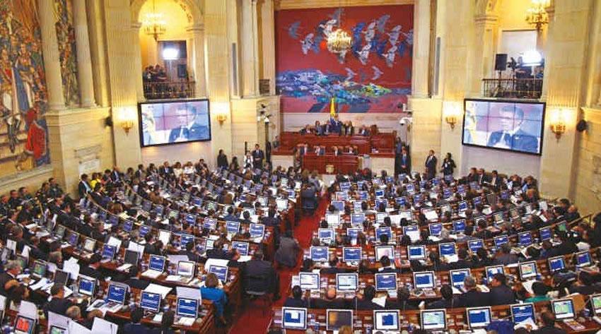 Colombia: l'anno parlamentare inizierà con la proposta di liberalizzare la cocaina