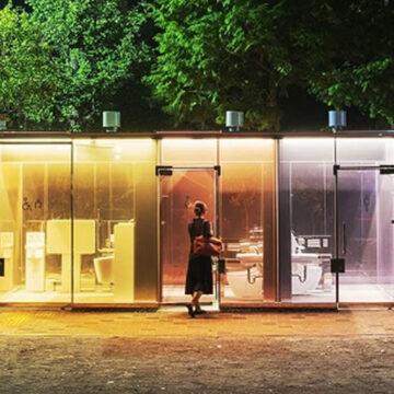 Tokio: i bagni pubblici trasparenti dell'architetto Shigeru Ban