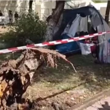 Maltempo: tragedia in un campeggio di Marina di Massa. Morte due sorelle di 3 e 14 anni
