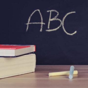 Lettera al direttore da un'insegnante precaria sul tema della Naspi: pochi diritti per noi cittadini comuni