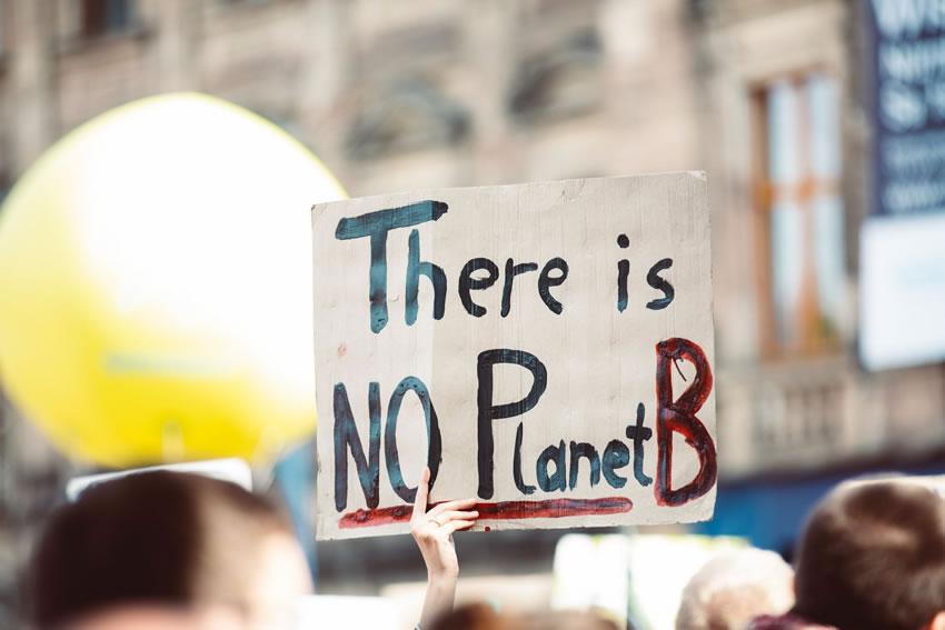 Riscaldamento globale: maratona online di 12 ore con artisti, politici e intellettuali
