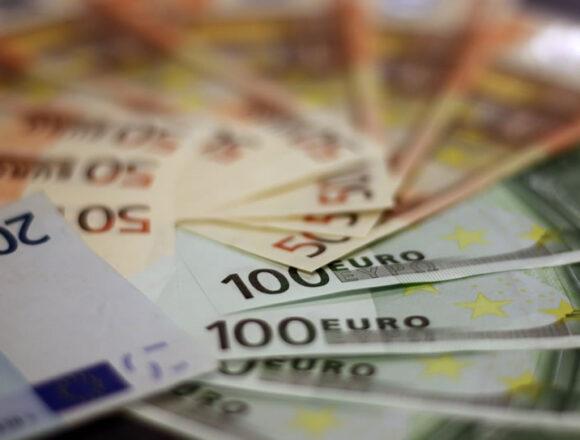 """Manovra, Fipe-Confcommercio: """"Servono liquidità a lungo termine e interventi strutturali per ridurre i costi alle imprese"""""""