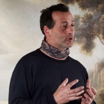 Iannacone racconta la storia dello scultore non vedente ed è subito Natale
