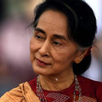 """Myanmar: colpo di Stato. Arrestata Aung San Suu Kyi che lancia un'appello alla popolazione: """"Non piegatevi"""""""