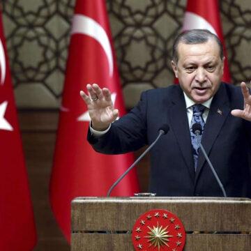 Erdogan e gli attacchi ai suoi avversari