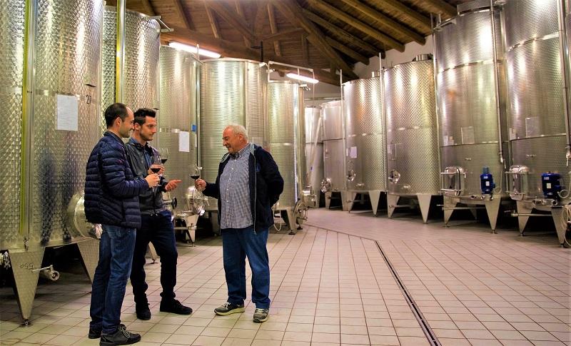 SullaStradaDelVino – Incontri nel cuore delle Langhe con Abrigofratelli: l'azienda raccontata da Ernesto Abrigo