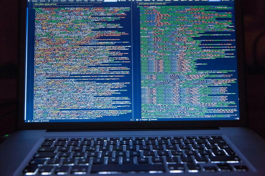 Lavoro: mancano informatici e figure commerciali