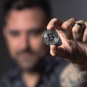 Bitcoin: l'era delle criptovalute e come entrare a farne parte